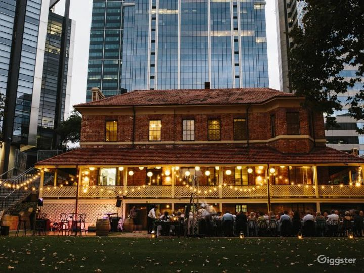 Spacious Outdoor Space and Garden for Events Photo 5