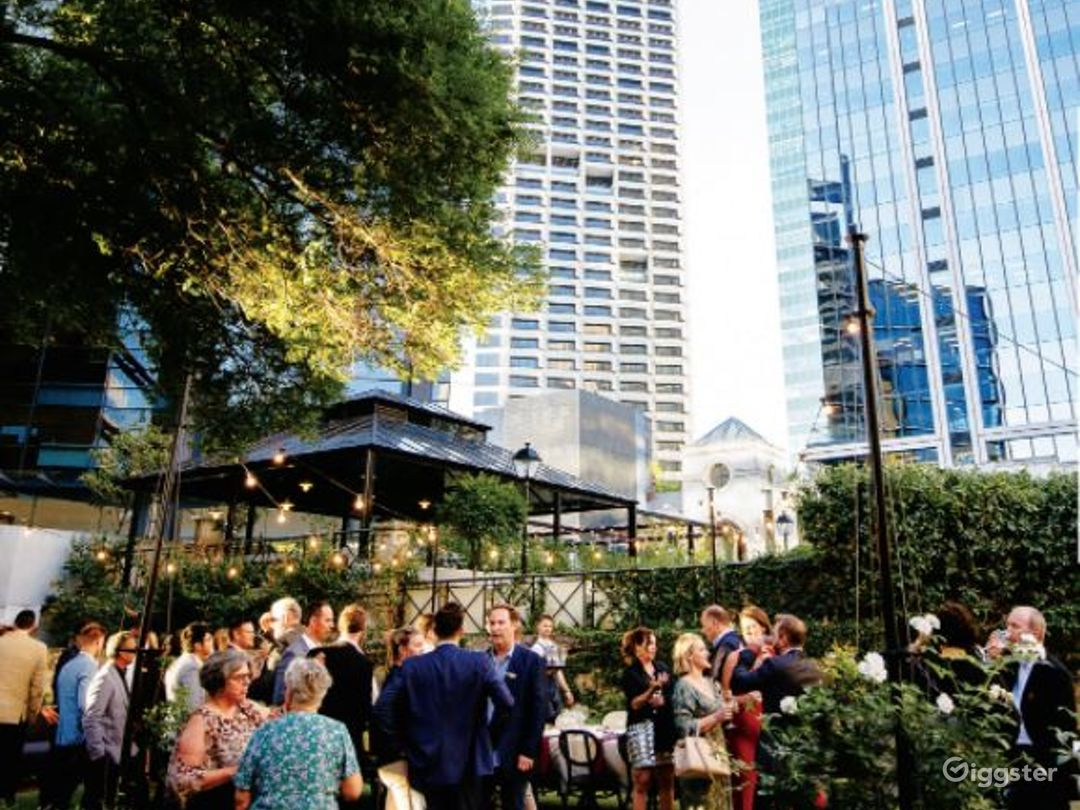 Spacious Outdoor Space and Garden for Events Photo 1