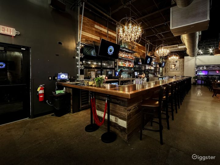 Cozy Bar Area with Stage View in Florida Photo 3