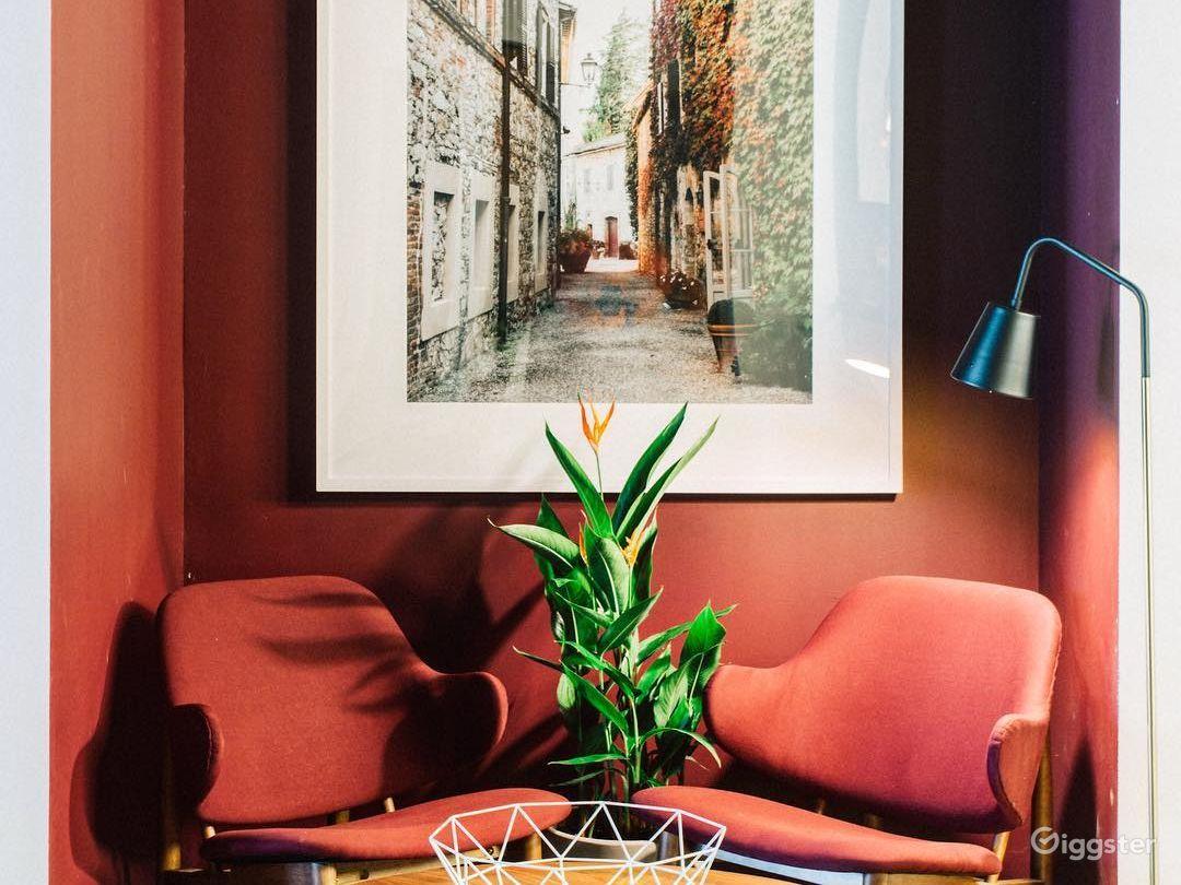 The Palm Room Photo 1