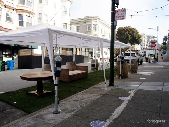 Speakeasy, Art gallery with an Outdoor Garden in the Heart of North Beach - Buyout Photo 3
