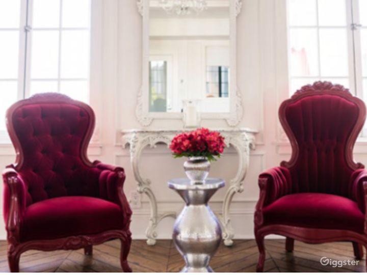 The Parisian Room Photo 4