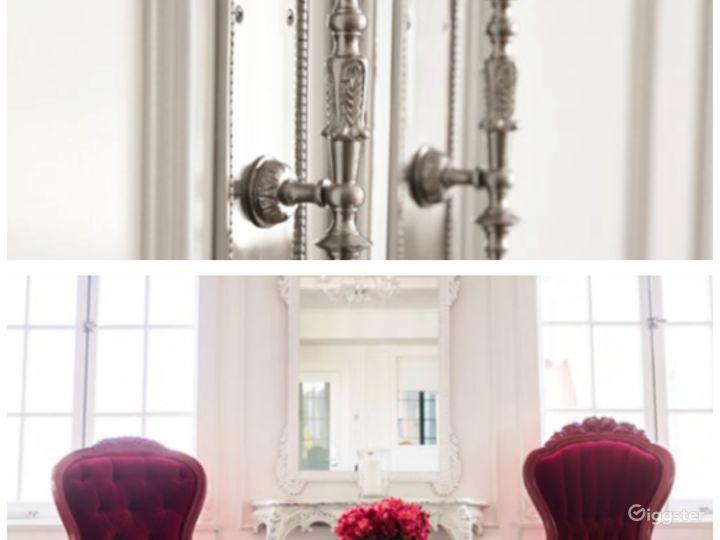 The Parisian Room Photo 5