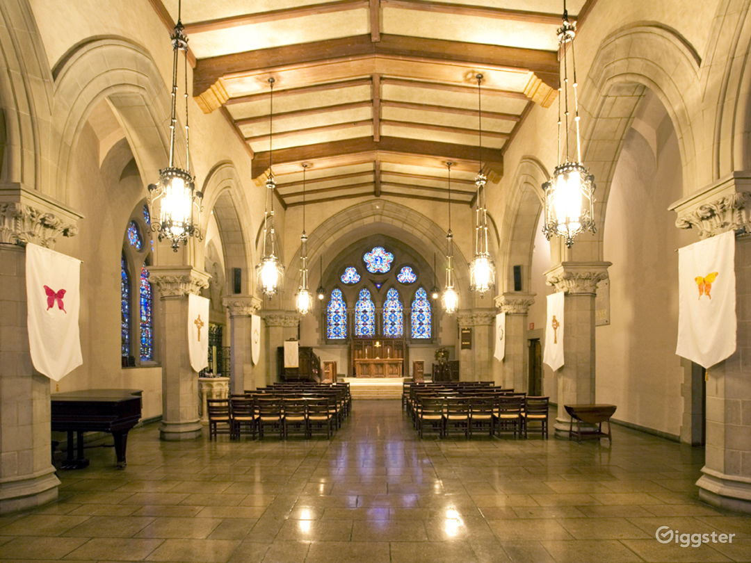 Old Historic Chapel in Boston Photo 1