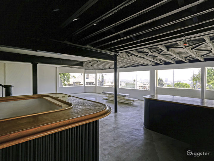 Iconic Sunset Strip hot spot with amazing views co