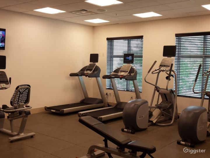 A Modern Gym with Equipment in Miami Photo 5