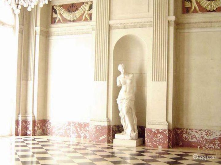 Museum and fine art venue: Location 1369 Photo 2