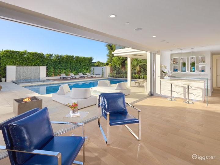 Modern Newport Beach Home with Pool Photo 3