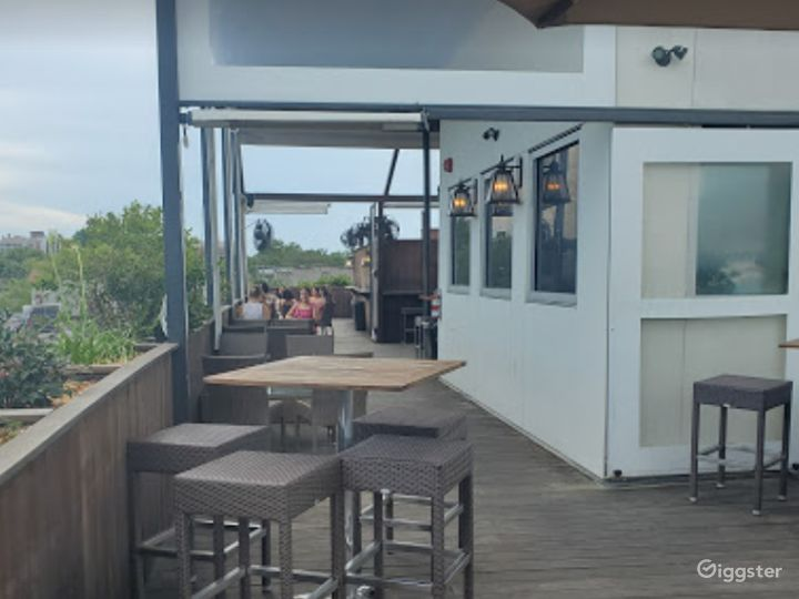 SC's Best Rooftop Bar in Downtown Charleston Photo 4