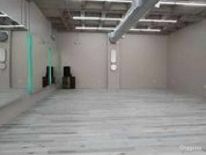 Airy Studio in Houston Photo 3
