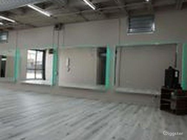 Airy Studio in Houston Photo 5