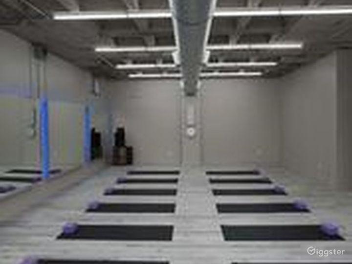 Airy Studio in Houston Photo 2
