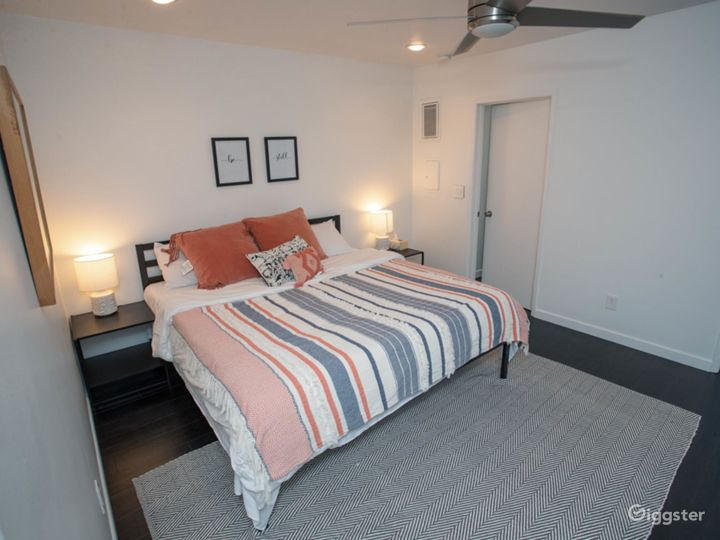 Newly Remodeled 2 BD Melrose Place, West Hollywood Photo 4