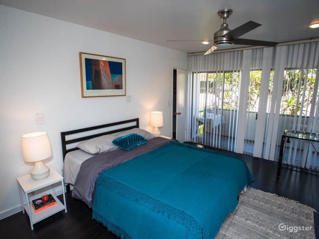 Newly Remodeled 2 BD Melrose Place, West Hollywood Photo 3