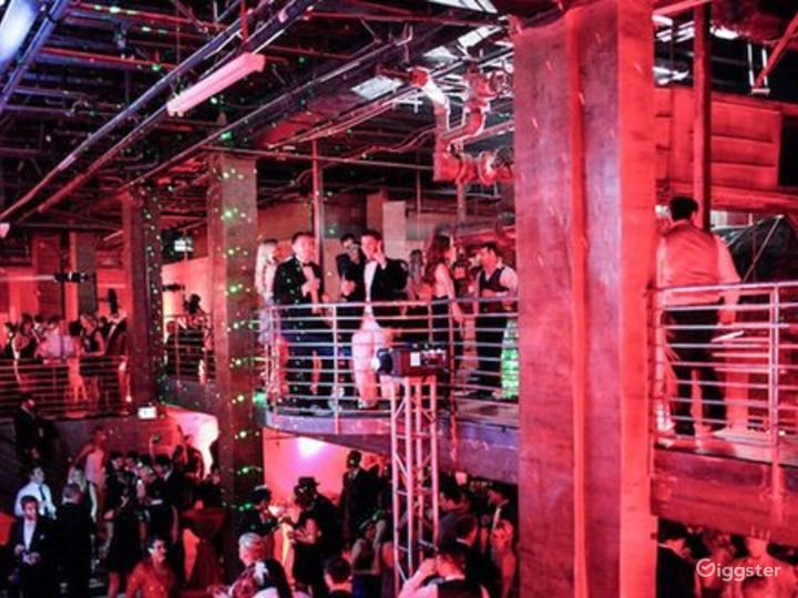 Modern-Industrial Themed Venue in Los Angeles Photo 4