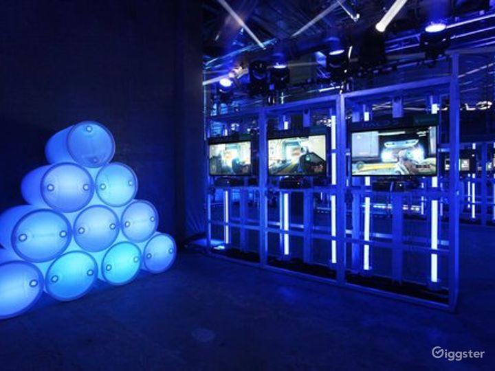 Modern-Industrial Themed Venue in Los Angeles Photo 2