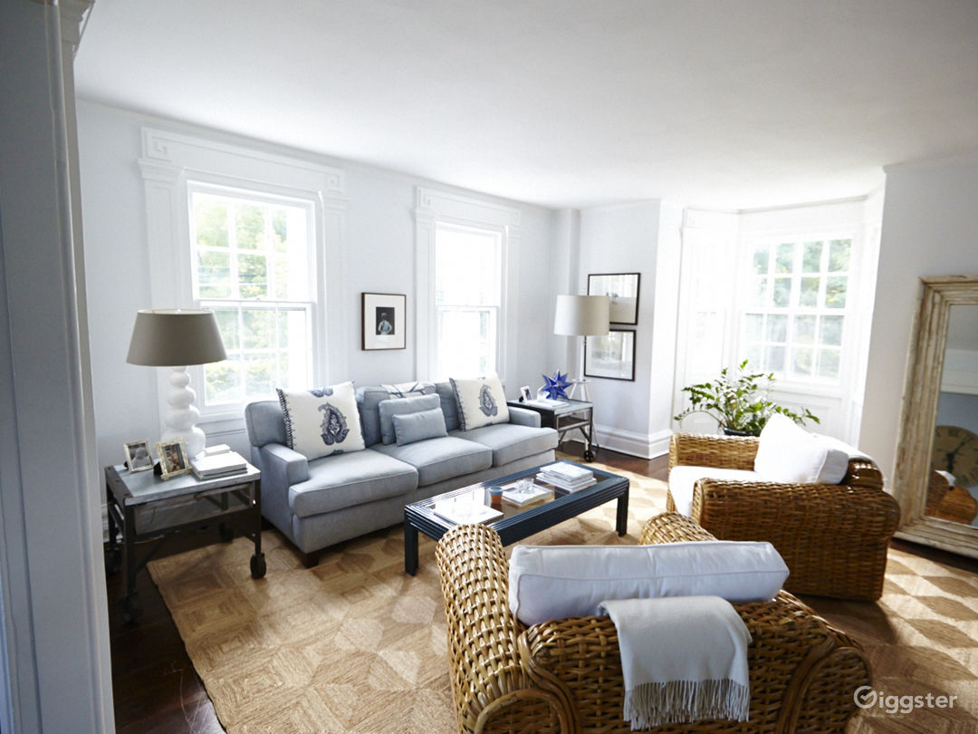 Contemporary suburban home: Location 5048 Photo 1