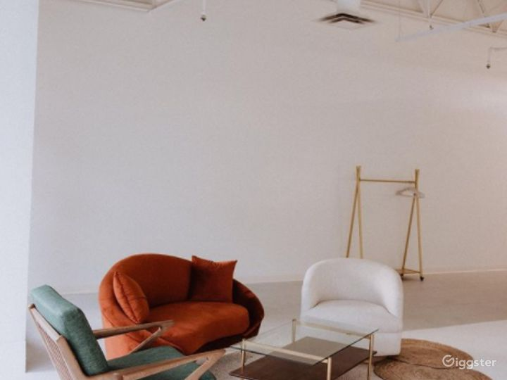 A Feel Good Natural Light Studio and Event Space Photo 4