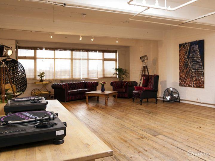 Studio with skylight in London Photo 4