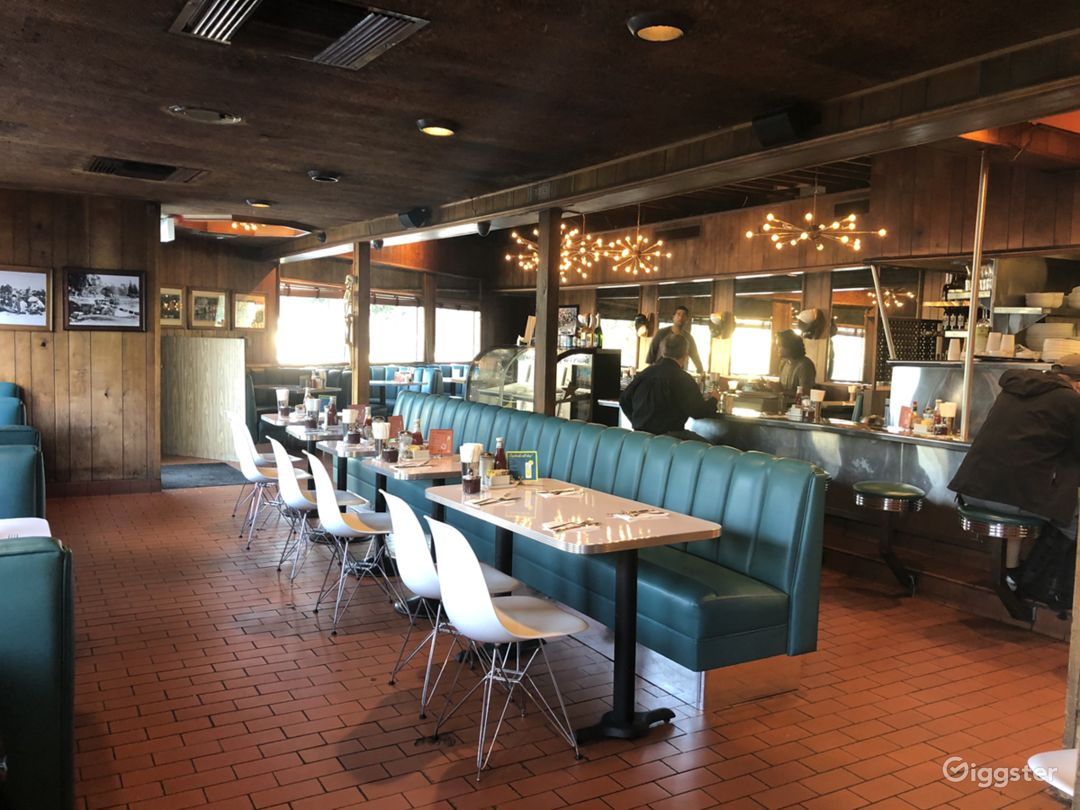 Charming restored historic diner in Echo Park Photo 2