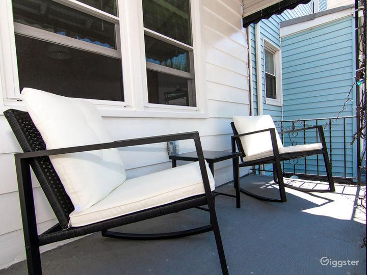 3 story home w. Backyard Photo 5