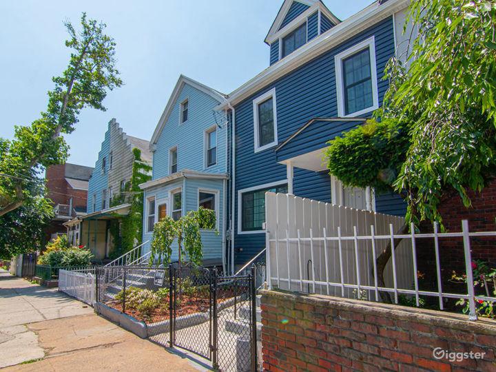 3 story home w. Backyard Photo 3