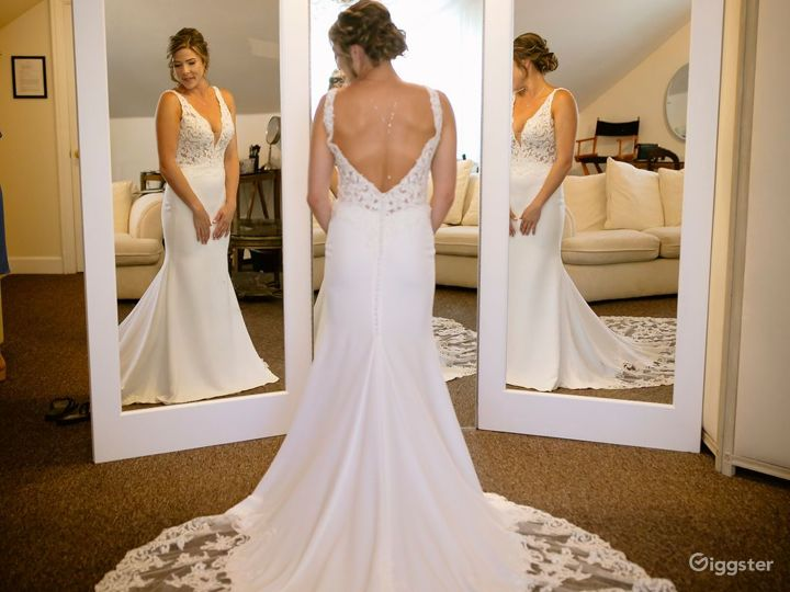 Elegant Bride and Groom Ready Rooms in California Wine Country Photo 3
