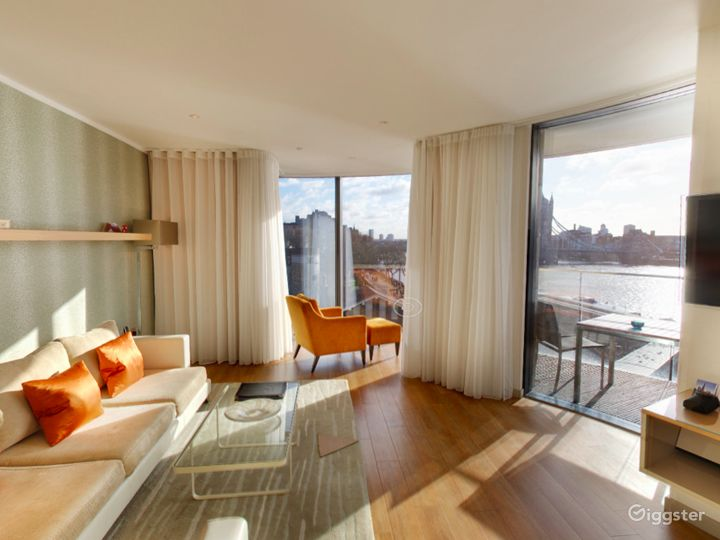 Cheval ThreeQuays - River View Deluxe Two Bedroom Apartment in London Photo 3