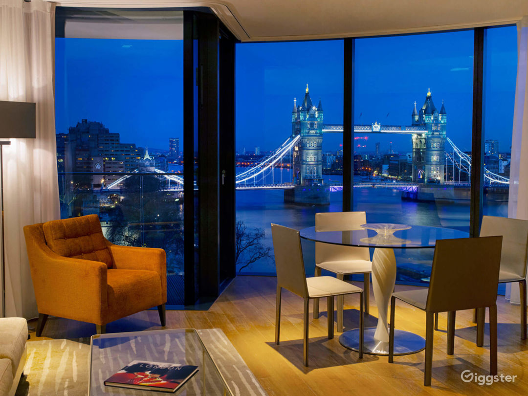 Cheval ThreeQuays - River View Deluxe Two Bedroom Apartment in London Photo 1