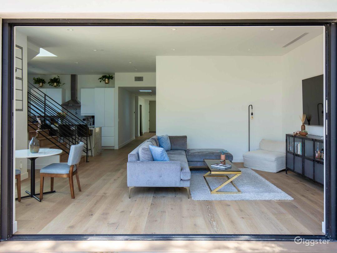 Modern & Bright, Open Floor Plan, California Home Photo 4