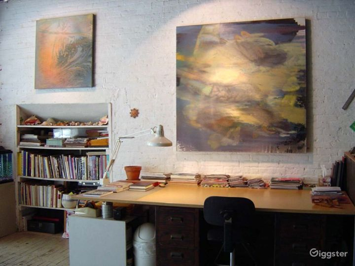 Artists loft studio: Location 4009 Photo 2