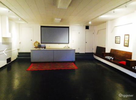 Ideal Venue for Meetings and Screenings Photo 1