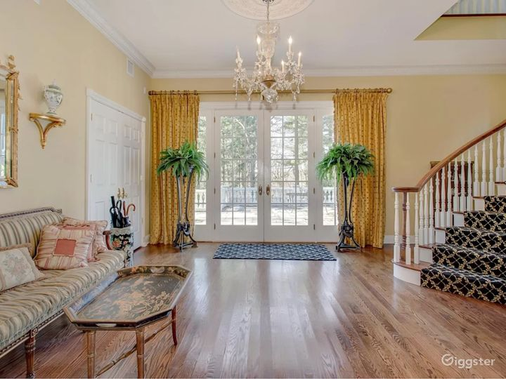 Gold Coast mansion with tennis court: Location 5284 Photo 2