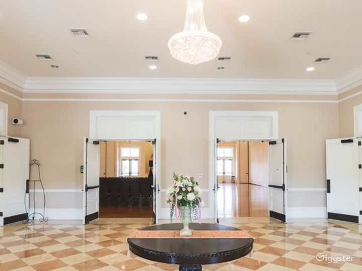 The Grand Elegant Ballroom Photo 4