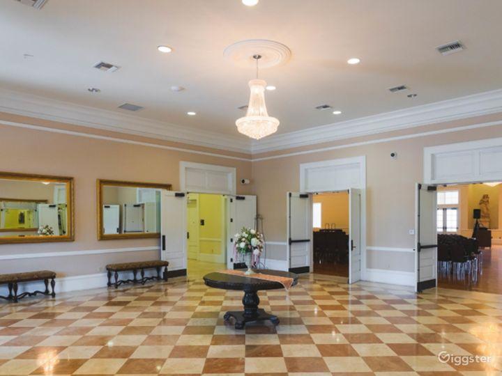 The Grand Elegant Ballroom Photo 5
