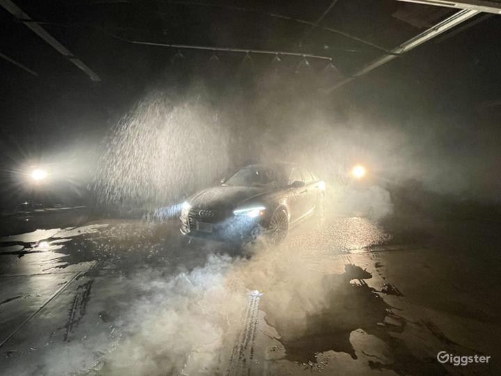 Huge Rain Room with car access Photo 2