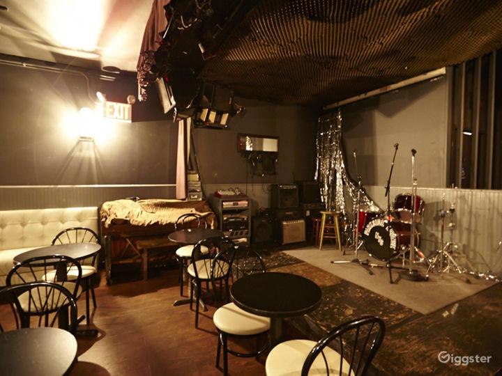 Bar/lounge: Location 5039 Photo 2