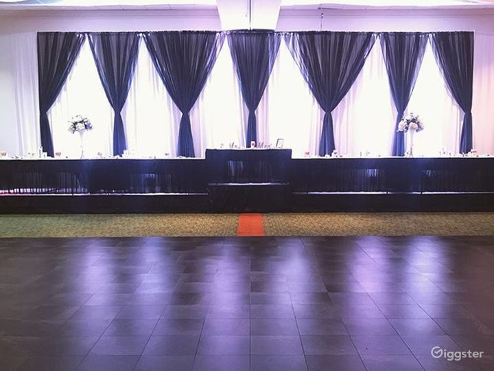 Сharming Ballroom in Fredericksburg Photo 4