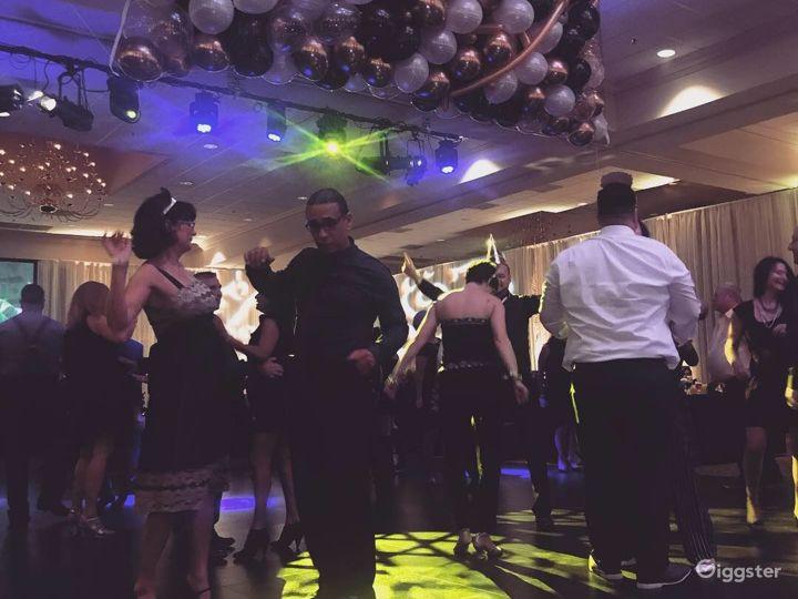 Сharming Ballroom in Fredericksburg Photo 3