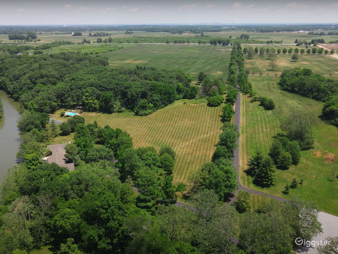 Discover 1,500 Acres of NATURE'S BEAUTY at Darby Dan Farm!