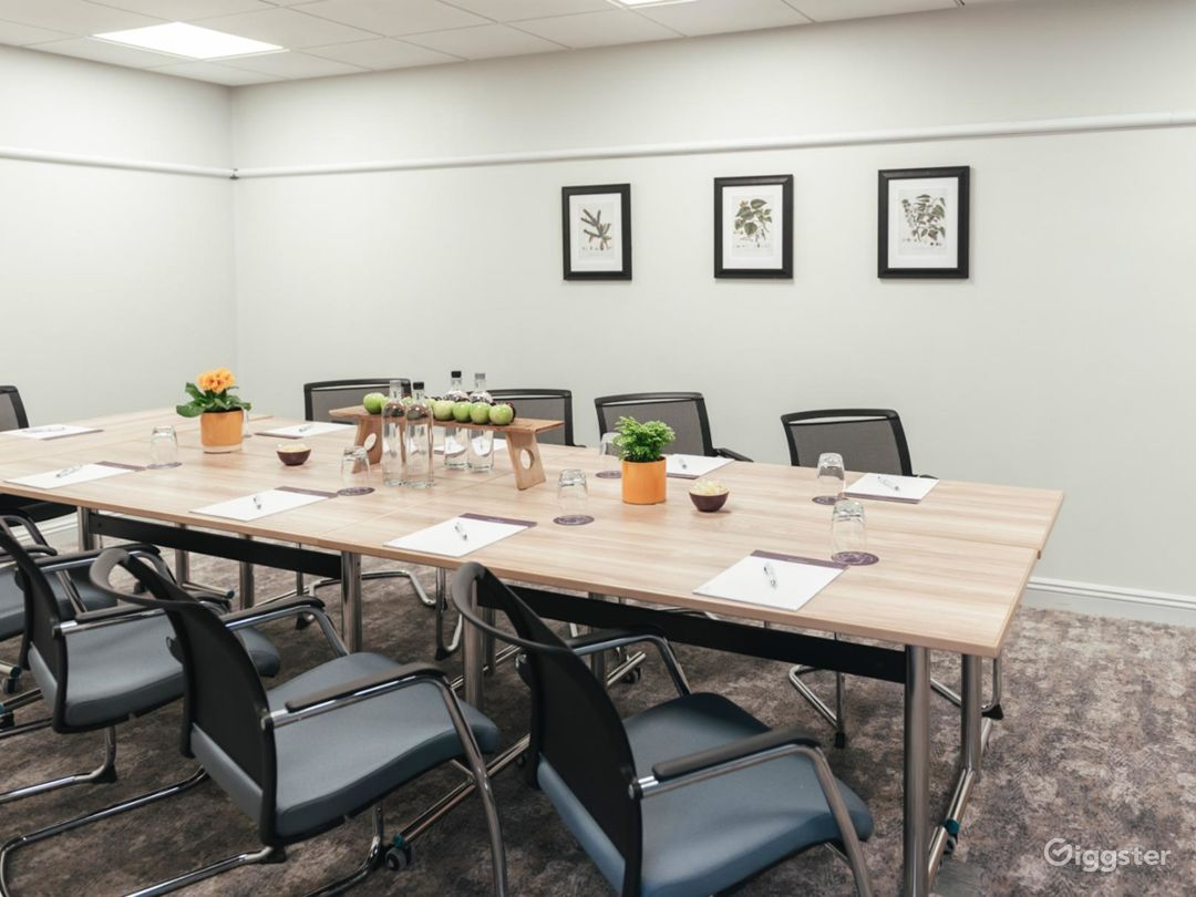 Neat Meeting Room for up to 14 people in Dorking Photo 1