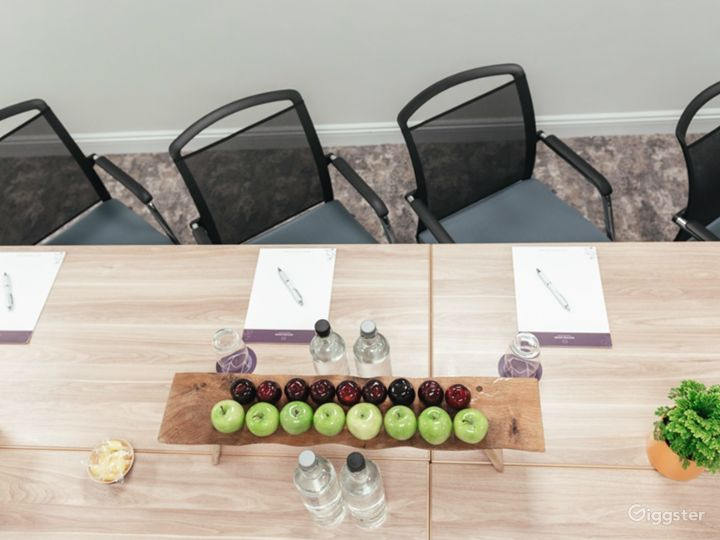 Neat Meeting Room for up to 14 people in Dorking Photo 2