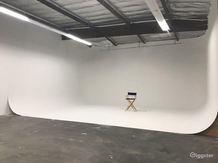 Photo Studio with 3-wall Cyc