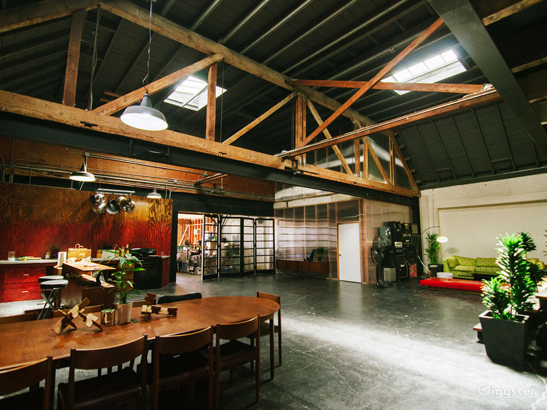 Hip Industrial Warehouse Loft Space in Downtown Photo 5