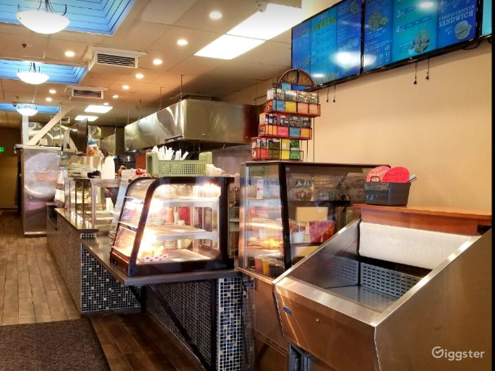 Exquisite, Clean and Friendly Restaurant Space for Multipurpose Functions Photo 5