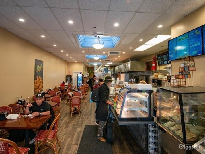 Exquisite, Clean and Friendly Restaurant Space for Multipurpose Functions Photo 3