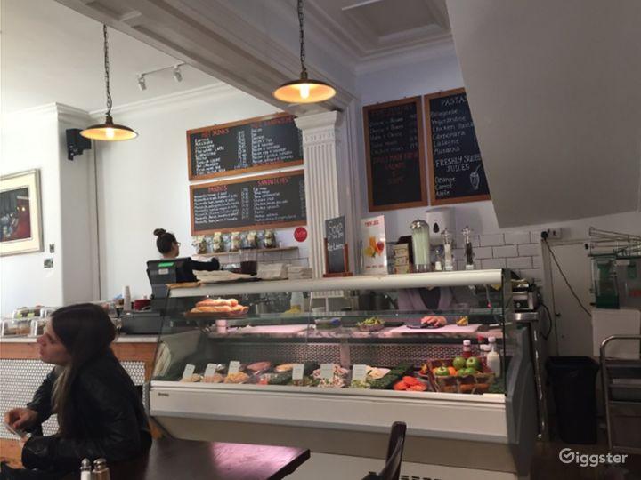 A Local British Café/Restaurant in London Photo 5