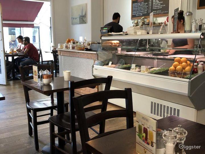 A Local British Café/Restaurant in London Photo 3