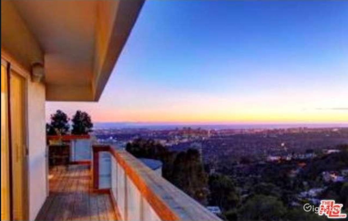 Rent Modern Hollywood Hills Home with City Views House