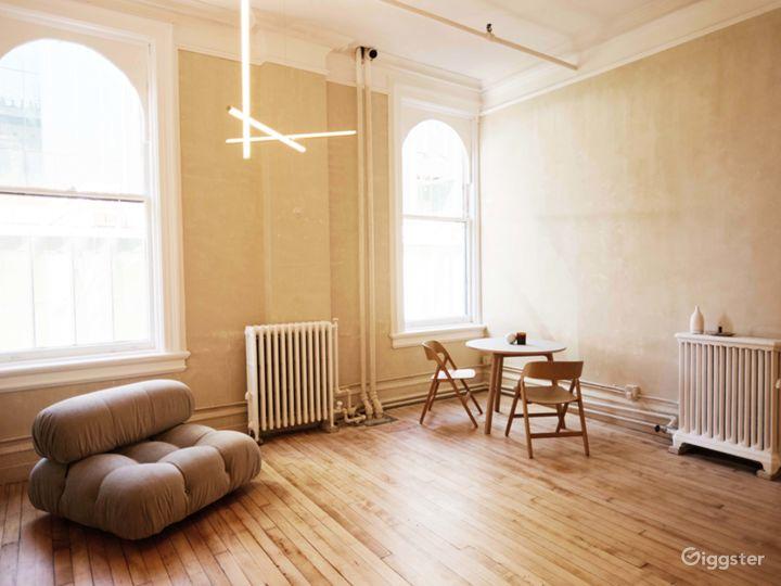 Modern Wabi-Sabi Design Soho Loft  Photo 3